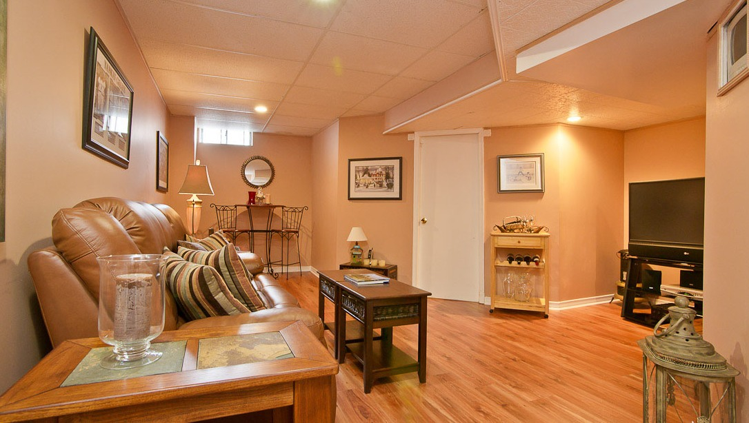 Sold 6973 lisanne freehold townhouse for sale in lisgar for Perfect kitchen mississauga