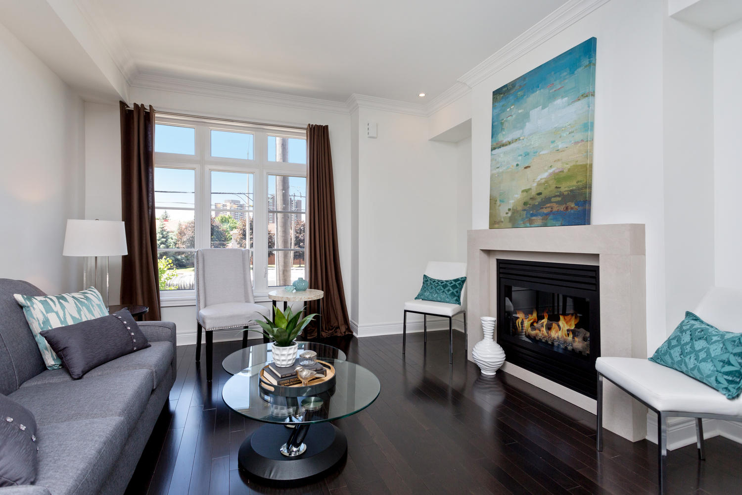 Living Room Furniture Mississauga Sold Executive Townhome In Applewood Mississauga The Village Guru